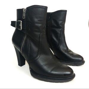 White Mountain Alva Black Platform Heeled Boots